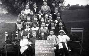 Lake Bolac School Sock Knitters 1918
